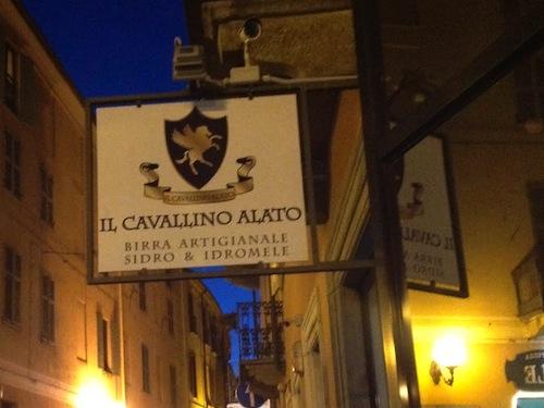 Il Cavallino Alato si sposta in via Quintino Sella