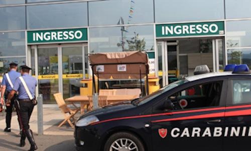 Carabinieri denunciano per furto tre persone