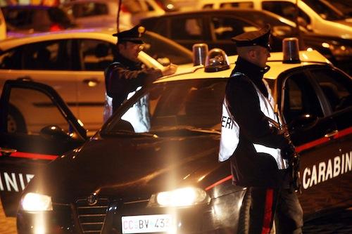 Rapinata dopo la vincita al bingo: i carabinieri di Alba denunciano un romeno