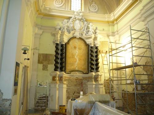 Entrato nel vivo il restauro della chiesa di San Carlo di Costigliole d'Asti