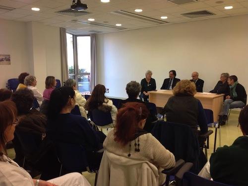 Incontro con il personale della Clinica Sant'Anna dopo l'accordo con la Regione