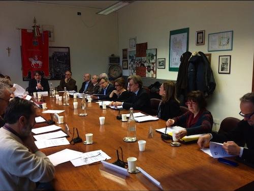 Cinque ore di consiglio provinciale sulla sanità