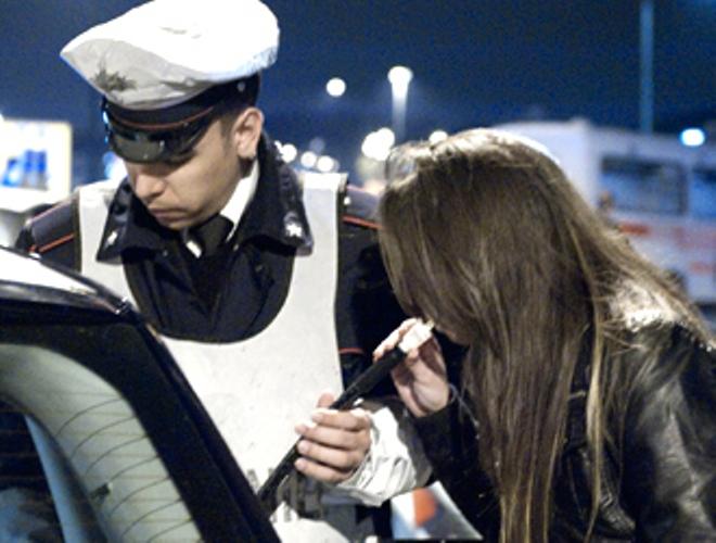 Enologo astigiano guidava urbiaco: denunciato dai carabinieri