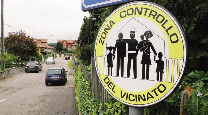 """Approvata la convenzione per il """"Controllo di vicinato"""": cittadini con occhi aperti e telefonino per la sicurezza di Asti"""