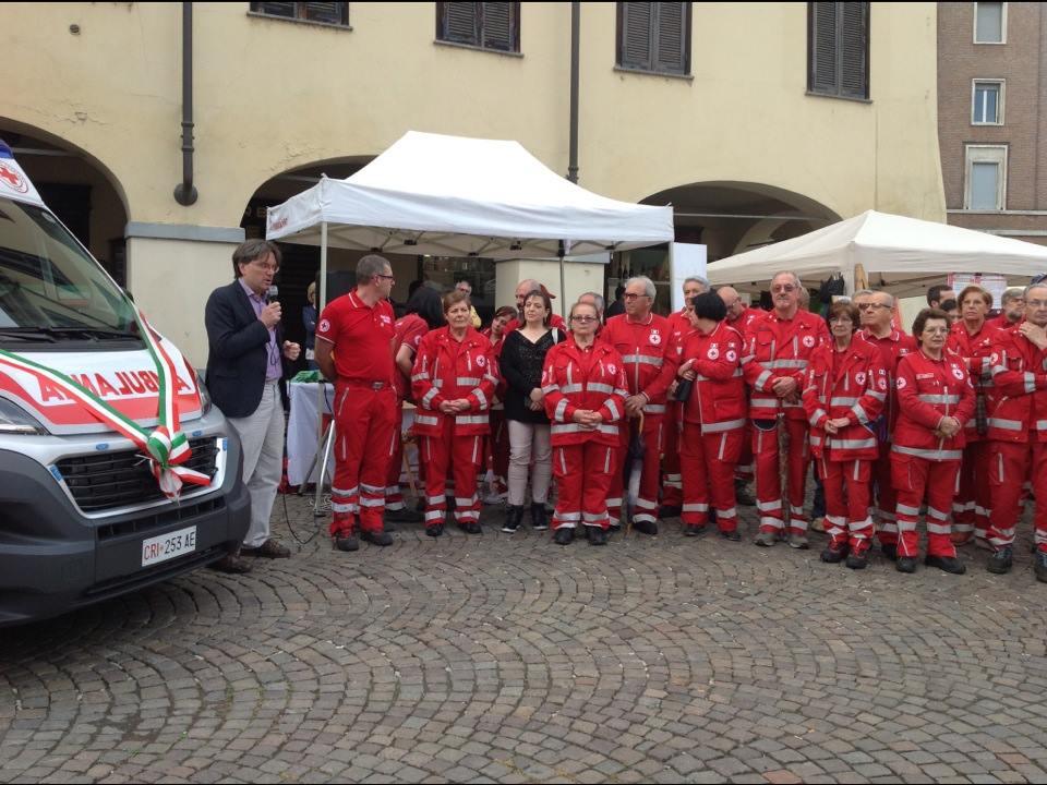 Tre nuovi mezzi per la Croce Rossa di Asti