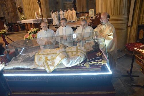 L'urna di don Bosco ha lasciato Asti: la fotogallery