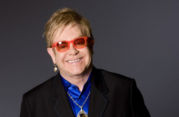 Elton John dà forfait a Collisioni