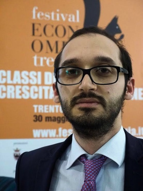 """Il giornalista e blogger Fabio Chiusi all'Israt per parlare di """"Forme di democrazia digitale"""""""