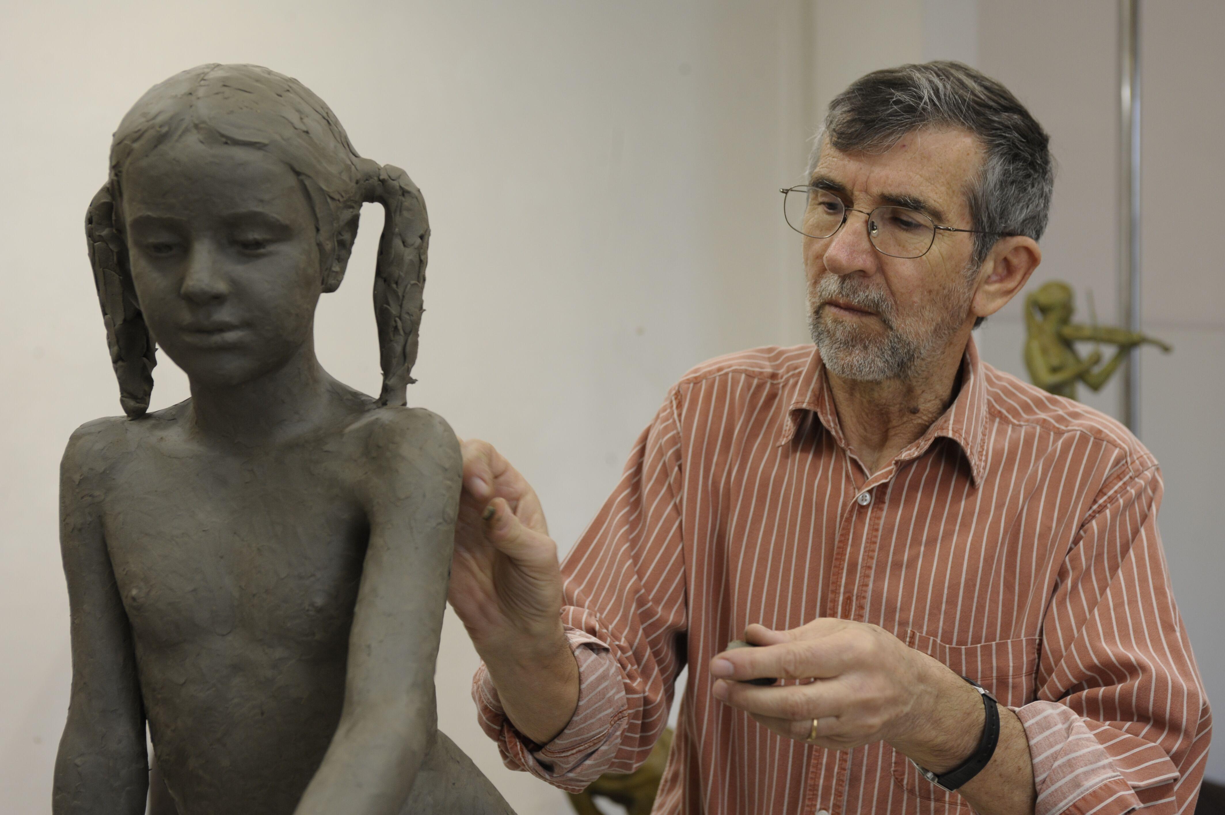 Sergio Unia dona un'opera alla Fondazione Cassa di Risparmio di Asti