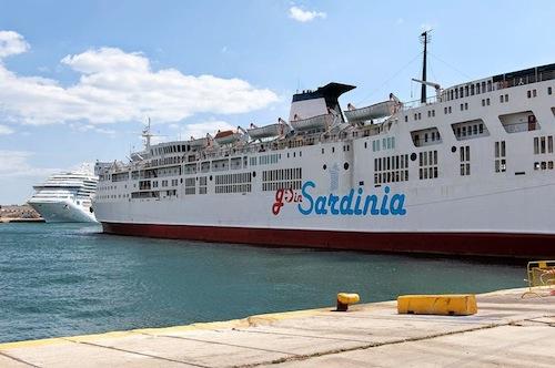 """Caso """"Go in Sardinia"""". Unione Nazionale Consumatori: """"Ultima strada per chiedere il rimborso"""""""