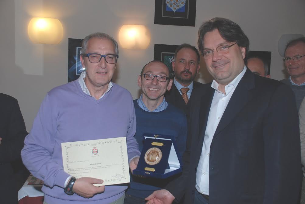 Il sigillo della città di Asti a Flavio Gulinelli in partenza per le olimpiadi di Rio