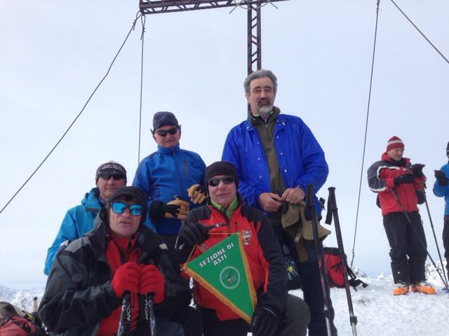 Alpini del Cai invitano all'Adunata dalle vette delle Alpi austriache