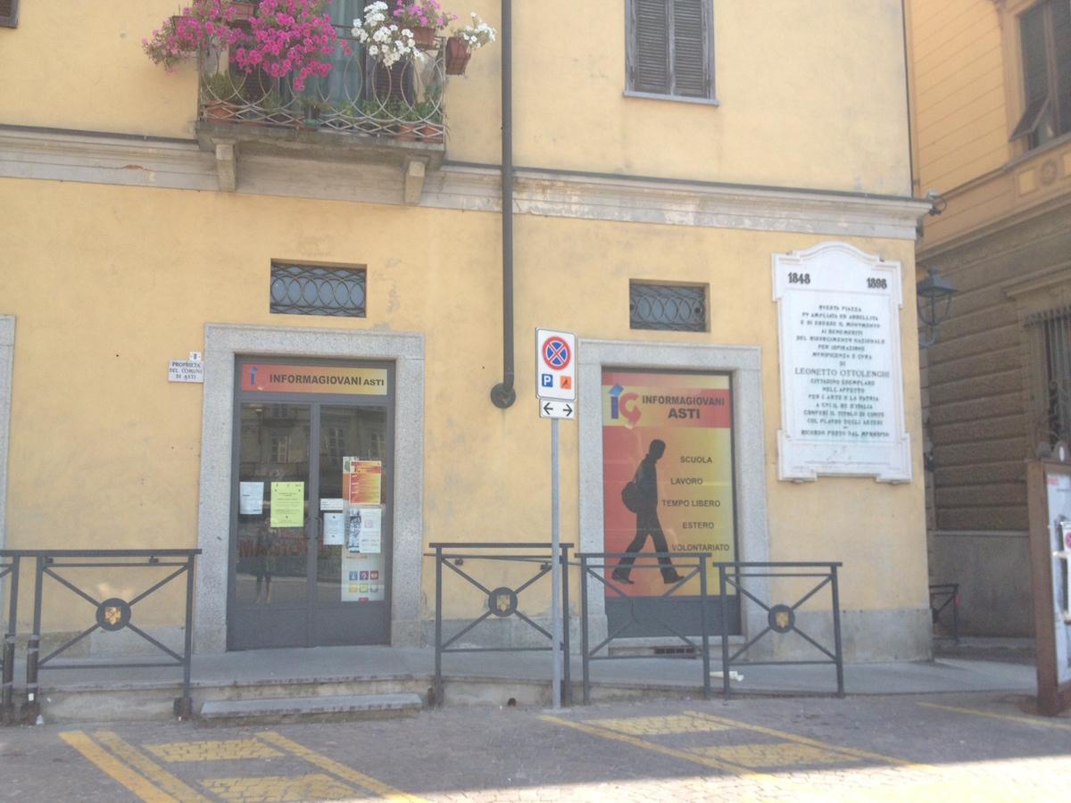 All'Informagiovani di Asti per imparare a scrivere i curriculum