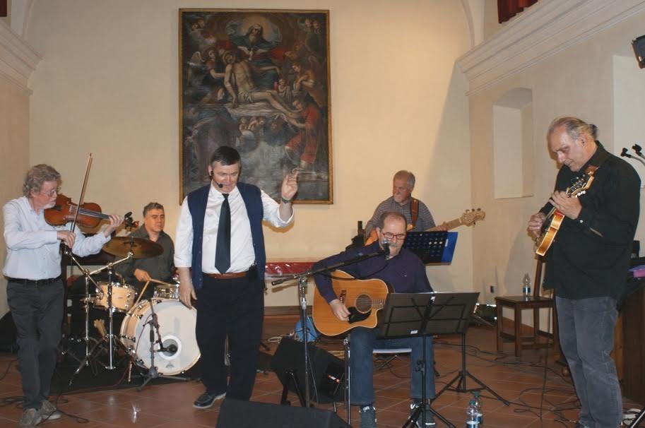 La Resistenza in musica: tutto esaurito ieri sera alla Confraternita dei Battuti di Vinchio