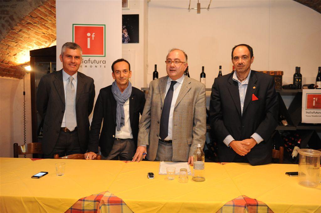 """Foto della presentazione del movimento """"Italia Futura"""" a Nizza Monferrato"""