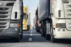 Gli autotrasportatori del Piemonte proclamano lo sciopero