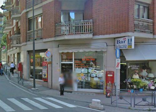 """Ancora una spaccata ad Asti: i ladri colpiscono il bar """"La Lucciola"""""""