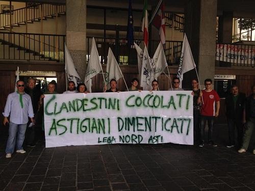Presidio della Lega Nord di Asti contro l'arrivo di nuovi profughi