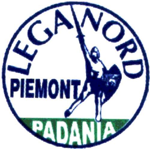 La Lega Nord informa gli astigiani con un banchetto in piazza Alfieri