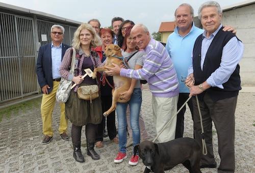 Il Lions Club Host in visita al canile di Asti
