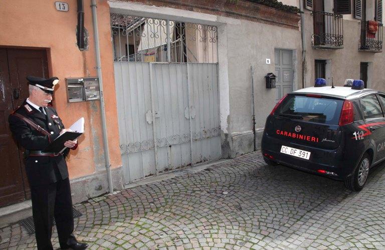 Operazione Maga Circe: i carabinieri arrestano una falsa chiromante e il marito