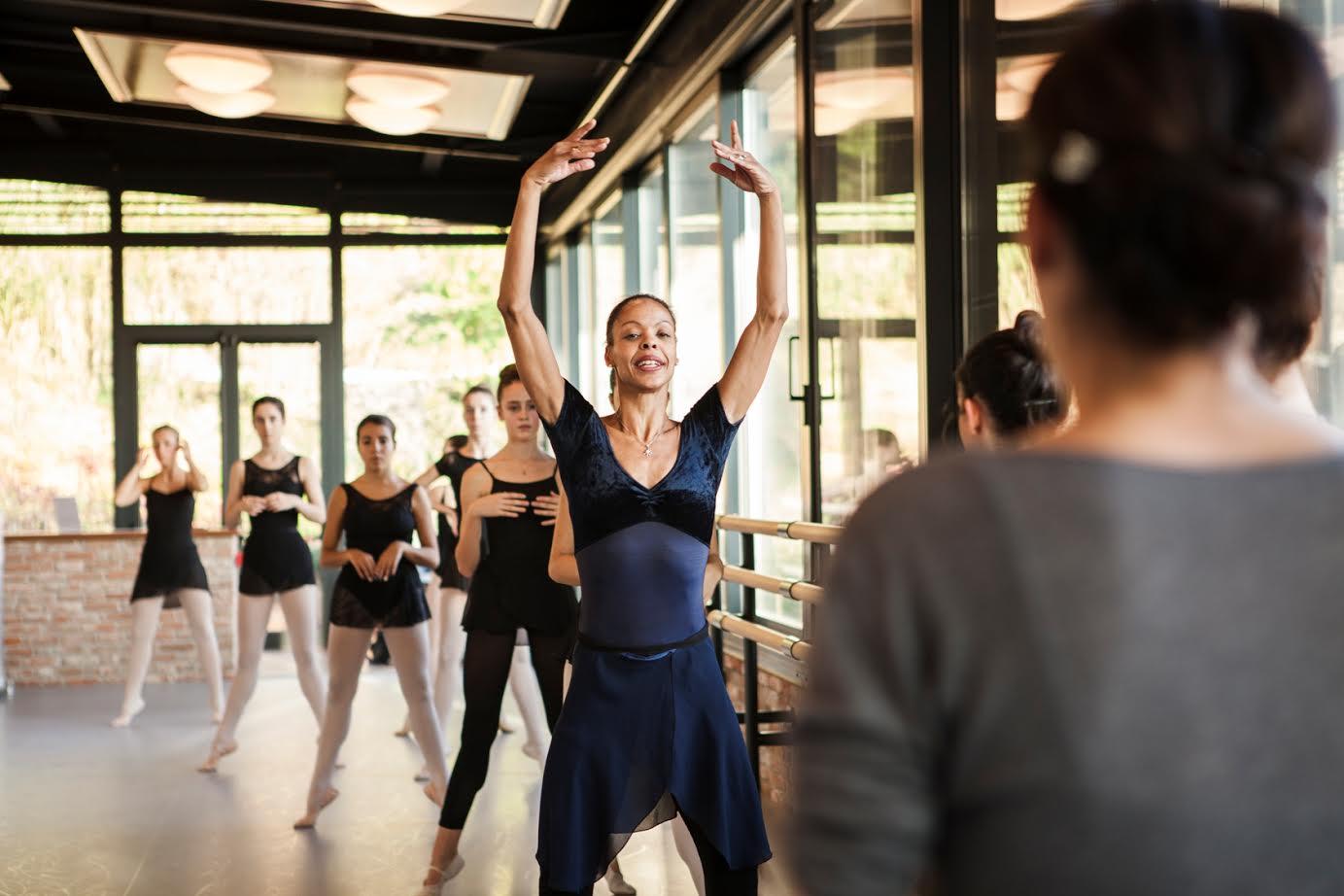 A Moncalvo la danza diventa energia con il ritorno di Myrna Kamara