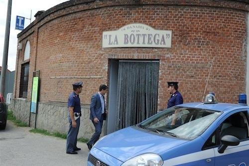 La polizia astigiana individua banda delle spaccate: due arrestati e tre minorenni segnalati