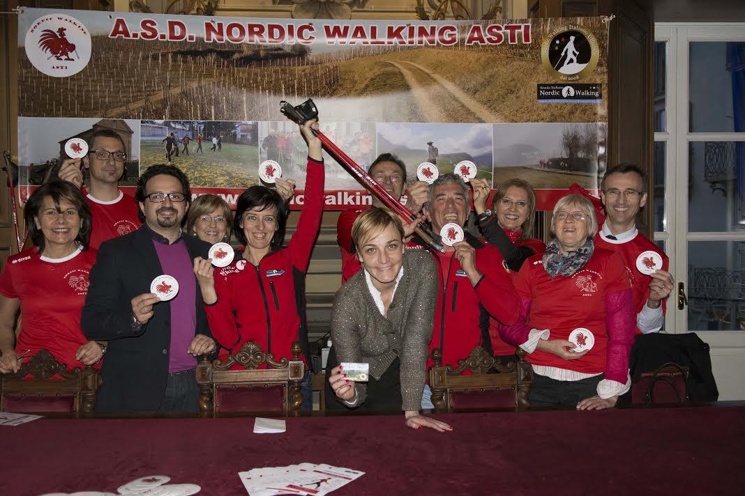 Nato ad Asti il gruppo di camminatori Nordic Walking
