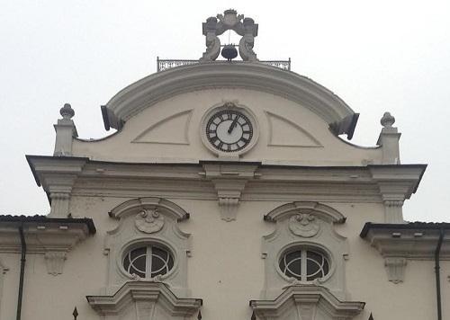 Si è ammalato l'orologio del Municipio di Asti, vecchio di oltre 120 anni