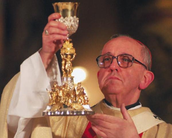 Elezione di papa Francesco: preso d'assalto Bricco Marmorito