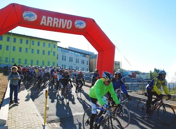 """Asti, torna """"Pedalatamica"""": il 7 ottobre in bicicletta per il volontariato oncologico"""