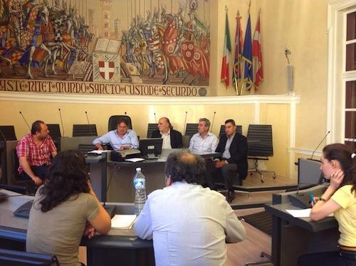 """Ad Asti i profughi diventano """"cantonieri"""" per il Comune"""