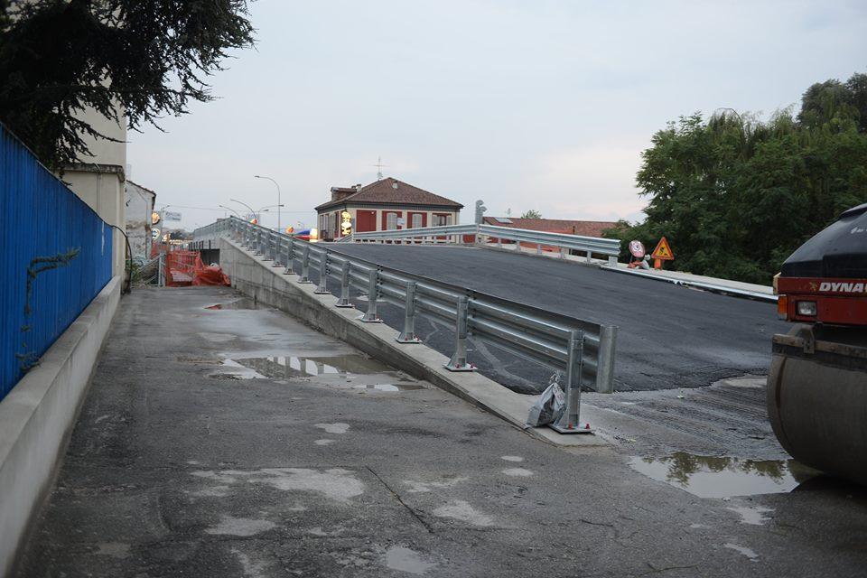 Il rigore del Comune di Asti faceva arrabbiare l'ingegnere che ha diretto i lavori del ponte sul Versa. I retroscena nell'ordinanza di custodia cautelare