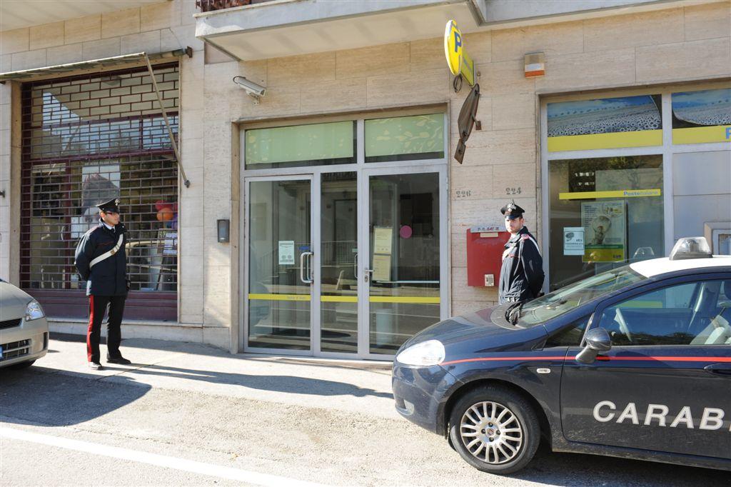 Rapina alle Poste di Isola d'Asti: identificato il presunto colpevole