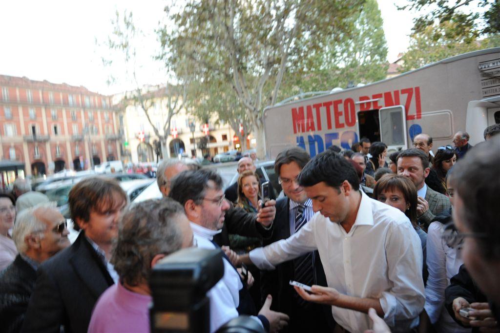 """Governo Letta pronto all'addio? I bookie """"lanciano"""" Renzi"""