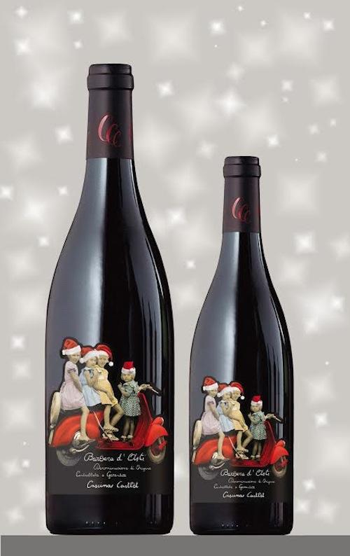 Una rossa con il cuore di Natale: edizione limitata dell'etichetta Barbera Vespa di Cascina Castlèt