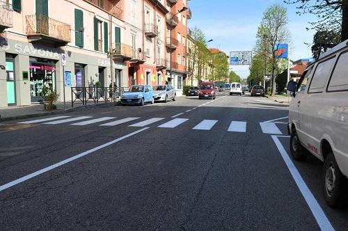 Nuova segnaletica orizzontale per le strade della provincia di Asti