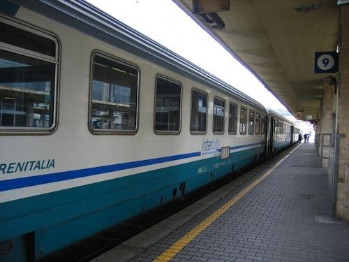 Successo per l'assistenza volontaria in stazione ad Asti
