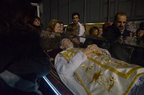 L'urna di don Bosco arriva nel suo paese d'origine