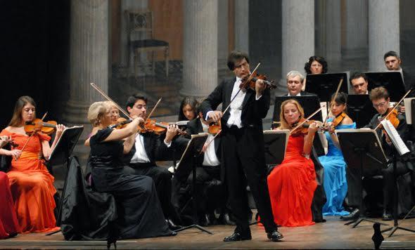 Domenica al Teatro Alfieri Le Violon Noir