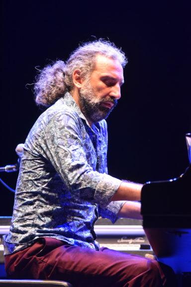 Il maestro Bollani ad Astimuscia: la fotogallery
