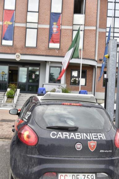 Asti, i carabinieri arrestano tre persone per una rapina in casa