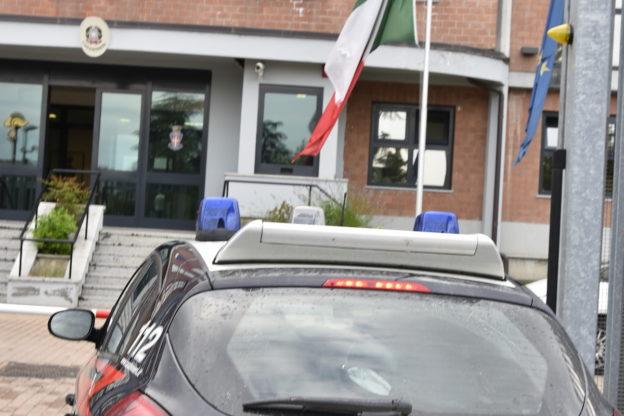 Tentato furto di autovetture: i carabinieri arrestano un uomo