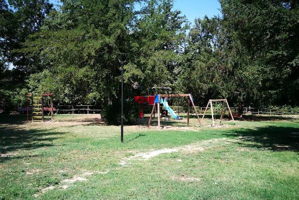Costigliole: Interventi di riqualificazione e nuove dotazioni per le aree comunali adibite a giochi per i bambini