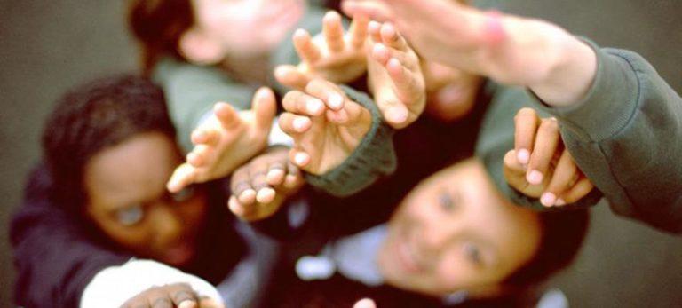 Minori Stranieri Non Accompagnati, pubblicato il Bando per la selezione e la formazione dei tutori volontari