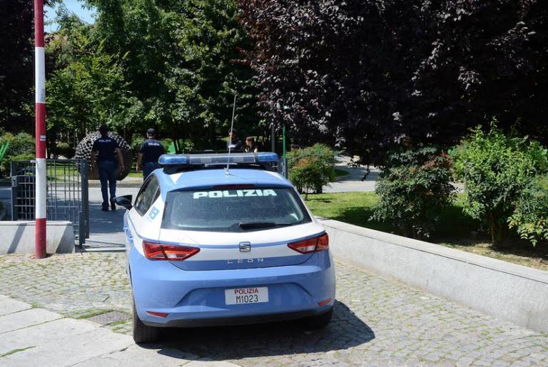 Violenza sessuale in centro ad Asti: la polizia arresta un giovane romeno