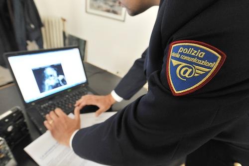 Dirigente sportivo adescava minori in chat: individuato dalla polizia postale di Torino e Asti