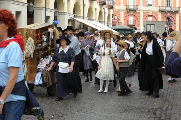 La sfilata contadina del Festival delle Sagre: la primavera