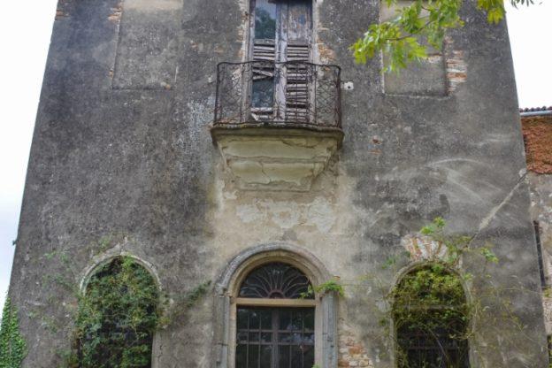 Visita notturna a Castel Burio