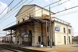 Giovedì i funerali di Franco Colonna, travolto da un treno per una fotografia